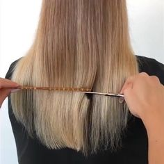 [New] The 10 Best Hairstyles (with Pictures) - THE POWER OF PLACEMENT No root smudge was used to create this look just the power of placement! melted IGORA VIBRANCE into Notice during the foil pull where she left strategic depth. Wedding Bun Hairstyles, Daily Hairstyles, Elegant Hairstyles, Easy Hairstyle, Style Hairstyle, Hairstyles 2018, Gents Hair Style, Medium Hair Styles, Long Hair Styles
