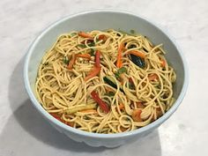 My office recently had a potluck and I often struggle whit finding out the best options to bring to these. There are always too many appe. Asian Noodles, Soba Noodles, Noodle Salad, Rice Vinegar, Salad Bowls, Cilantro, Dinner Ideas, Cactus, Appetizers