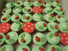 ladybug cupcakes#Repin By:Pinterest++ for iPad#