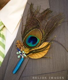 Peacock Centerpieces   Are you inspired by these gorgeous photos? Tell us about it!