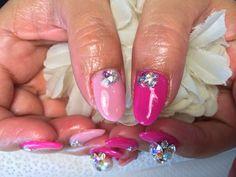 【Pink Bijoux Nail】  春休みにディズニーランドへ行かれるお客様 夢の国✨楽しんで来て下さいね  スワロのビジューが可愛いデザインでした   #DisneyLand #春休み  #Pink #Swarovski #bijoux #Nail #Nails #NailArt #NailDesign  #箕面 #北摂 #NailSalon #Mfleurs #NailArtist #Mayu #Merci #Nailstagram #네일 #네일아트 #네일스타그램   #美甲 #美甲師