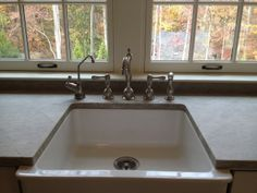 KITCHENS CABINETS THAT FIT A FARMHOUSE SINK | ... is the reason for the bumped out sink? - Kitchens Forum - GardenWeb