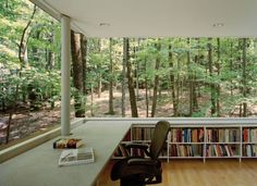 Now, this is my kind a library! The Scholar's Library in Olive Bridge, New York by local architecture firm Gluck & Partners is an unusual raised house plan surrounded by lush, leafy woods. Architecture Design, Architecture Interiors, Wood Interiors, Home Libraries, Public Libraries, Interior Exterior, Modern Interior, Interior Concept, Book Nooks