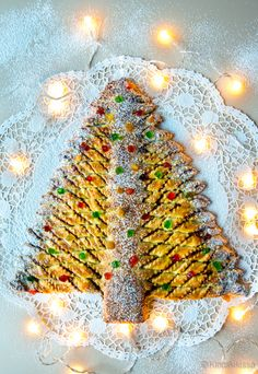 Joulukuusipulla. Noel Christmas, A Food, Nutella, Desserts, Blog, Christmas Recipes, Morning Coffee, Xmas, Sweet Treats