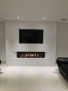 Living Room Tv, Living Room With Fireplace, Small Living Rooms, Living Room Modern, Living Room Designs, Modern Tv Wall, Fireplace Tv Wall, Modern Fireplace, Wallpaper Fireplace