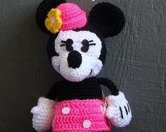Häkelanleitung. Applikation. Minnie Mouse von InspiredCrochetToys