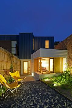 Tang House: Terrace Renovation Takes Advantage of Each Nook and Cranny