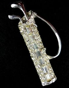 Brooch Figural Golf Clubs in Golf Bag Clear Rhinestones, pave & baguettes, Silver Tone Pin unsigned Vintage