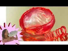 Isomalto - Decorazioni di zucchero per principianti - YouTube Isomalt, Cake Decorating Tutorials, Punch Bowls, Christmas Bulbs, Holiday Decor, Video Tutorials, Design, Youtube, Home Decor