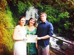 Halie and Ryan drove all the way from Kansas to tie the knot at Shepards Dell Falls!