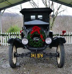 A Christmas Ford - Classic Cars & Mike Dorian Ford (dorianford) on Pinterest markmcfarlin.com