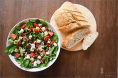 Da habt ihr den Salat! Italienischer Sommersalat #rezept #recipe #kochen #backen #idee #essen #trend #filizity #kuchen #torte #salat #tafel