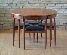 Hans Olsen Dining Set for Frem Rojle :: modernlove20.com
