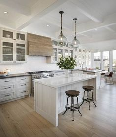 See Where Reese Witherspoon Used To Live! | Reese witherspoon ...