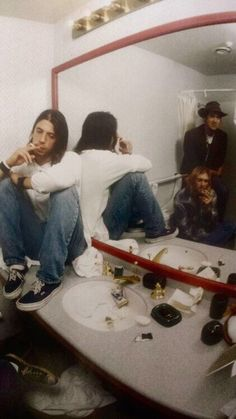NIRVANA Sound Of Music, Music Love, Grunge Hippie, Nirvana Kurt Cobain, Fly On The Wall, Dave Grohl, Best Rock, Album Songs, Foo Fighters