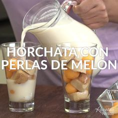 Banana smoothie with blender - Clean Eating Snacks Smoothie Fruit, Raspberry Smoothie, Smoothie Recipes, Shake Recipes, Mexican Drinks, Mexican Food Recipes, Horchata, Healthy Drinks, Healthy Recipes