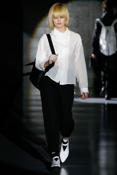 Pirosmani Russia Fall 2015 - Collection - Gallery - Style.com