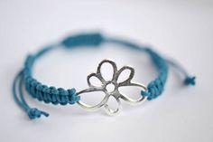Bracelet macramé par Batinetteshop sur Etsy