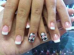 Cute nails for football season. Fancy Nails, Cute Nails, Pretty Nails, Toe Nail Designs, Nail Polish Designs, Alabama Nail Art, Football Nails, Purple Nail Art, Nail Time