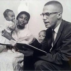 Betty Shabazz and Malcolm X with 2 of their daughters Malcolm X, Betty Shabazz, Black Leaders, Civil Rights Leaders, Vintage Black Glamour, By Any Means Necessary, Black History Facts, Black Families, Black Pride