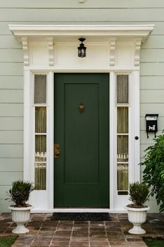 Sherwin Williams 6994 Greenblack ¤ The secret to this classic dark green is that it is infused with black, similar to vintage wrought iron.