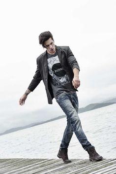 A coleção Colcci para eles está imperdível. O melhor jeans do Brasil em diversas opções!