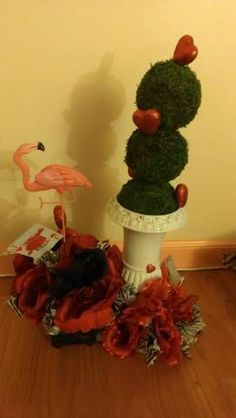 Queen of hearts Alice in wonderland centerpiece by AJMdeco on Etsy, $100.00