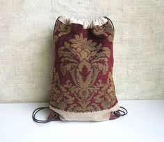 DRAWSTRING BACK PACK Cinch Sack - love the tapestry look with leather corners. I have the materials if you have the know how.
