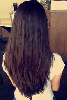 Classy Layers for U-Shaped Cut- Layered Hairstyles for Long Hair - Hair Styles - Best Hair Styles Medium Length Hair Straight, Medium Long Hair, Long Layered Hair, Medium Hair Cuts, Long Hair Cuts, Medium Hair Styles, Long Hair Styles, Layers For Thick Hair, Straight Long Hair