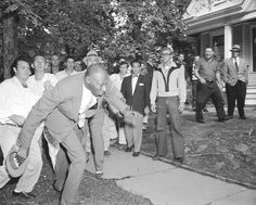 Alex Wilson, a reporter from the Tri-State Defender, is shoved by an angry white mob while covering the desegregation of Central High School. Black History Facts, Black History Month, Little Rock Nine, Black Press, Babylon The Great, Black Kids, Black Man, Before Us, African American History