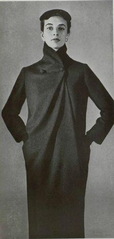 1954 Christian Dior