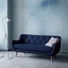 Herman genießt die Stille.#sofacompany #sofacompany_de #danishdesign #furniture #scandinaviandesign #interiordesign #furnituredesign #nordicinspiration #retrostyle