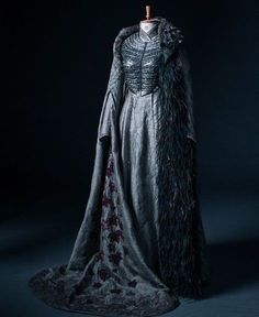 Sansa Stark's coronation gown full of references(!), Game of Thrones Mic… Sansa Stark's coronation gown full of references(!), Game of Thrones Michele Clapton's costume design Game Of Thrones Dress, Game Of Thrones Sansa, Game Of Thrones Books, Game Of Thrones Funny, Game Of Thrones Clothing, Game Of Thrones Outfits, Game Of Thrones Cosplay, Got Costumes, Movie Costumes