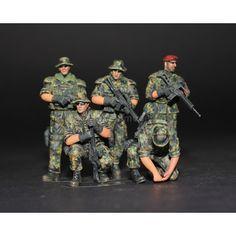 Modern German ISAF Soldiers Afghanistan (05 figures) 1/35 Pro Built Model