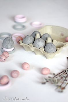 decofriends: Ostern in grau-rosa