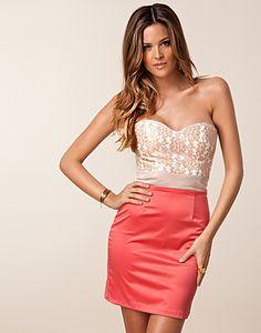 Glamorous kleding is makkelijk te vinden | Kleding, Mode