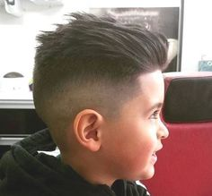 60 Awesome Cool Kids and Boys Mohawk Haircut Ideas - Fashion Best boy with mohawk hair style images - Hair Style Image Cool Kids Haircuts, Boys Haircuts 2018, Toddler Boy Haircuts, Cute Haircuts, Hairstyles Haircuts, Haircuts For Men, Cool Hairstyles, Hairstyle Ideas, Haircuts For Little Boys