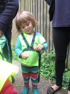 Les Petits Lapins and Les Petits Poussins had a fascinating trip to Kentish Town CIty Farm this morning. The children were very excited to meet all the animals and explore the herb garden.