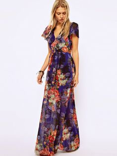 Incredibly beautiful floral maxi. Boho chic.