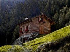 petitpoulailler:     http://www.amazon.com/shops/QUALITYITEMZZ  thebeldam:Baita in Alta Valtellina Bormio Italy