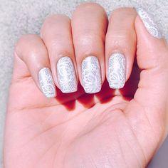 Minhas unhas da semana💅  #alinebellasunhas #lace #instanail #instaunhas #carimbada #stampingnailart  #unhasdasemana #like4like #likeforlike