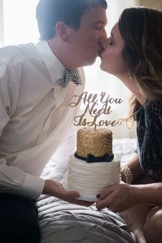 Happy Anniversary love! #cake #anniversary #gold #katespade #kiss #weddings #bride #groom #photography #smp @betteroffwed @alea @cakegoddess
