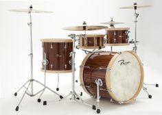 Drum set in solid african sapelle, maple wood hoops