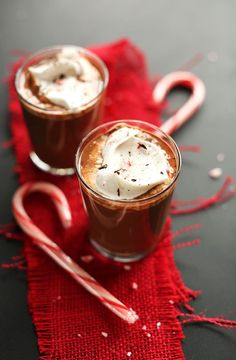 Vegan Drinking Chocolate with Peppermint | minimalistbaker.com #holidays #peppermint #glutenfree #vegan #minimalistbaker