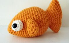 Meet Wal the Tiny Fish! Who wouldn't fall in love with this adorable little fish? He's small enough to fit in the palm of your hand, and he's quick and easy to crochet! Wal measur…