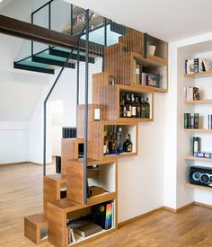 I wonder if this type of lift stairs would work in a tiny home. Source unknown #teenyspaces by teenyspaces