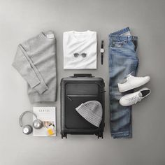 """4,853 Me gusta, 17 comentarios - VoTrends® Outfit Ideas for Men (@votrends) en Instagram: """"If you could travel anywhere in the world where would it be and why ⁉️ Remember to follow…"""""""