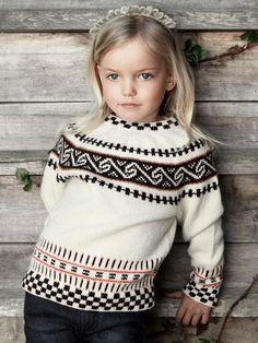 Rauma rundfelling barn by Rauma Ullvarefabrikk - issuu Kids Knitting Patterns, Knitting For Kids, Hand Knitting, Norwegian Knitting, Nordic Sweater, Fair Isle Knitting, Sustainable Clothing, Slow Fashion, Beading Patterns