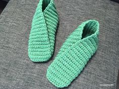 I made this very simple T-shaped slippers using bulky yarn.It only uses single crochet and very easy to change size.This