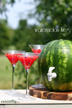 This Watermelon Keg is sure to impress your summer guests - and it's great for all ages. Serve naturally fruit-flavored water, watermelon juice or summer cocktails from this creative dispenser.